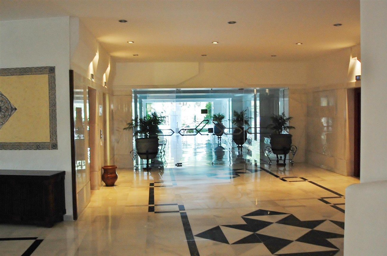 A5357 Apartment Puerto Banus 13 (Large)