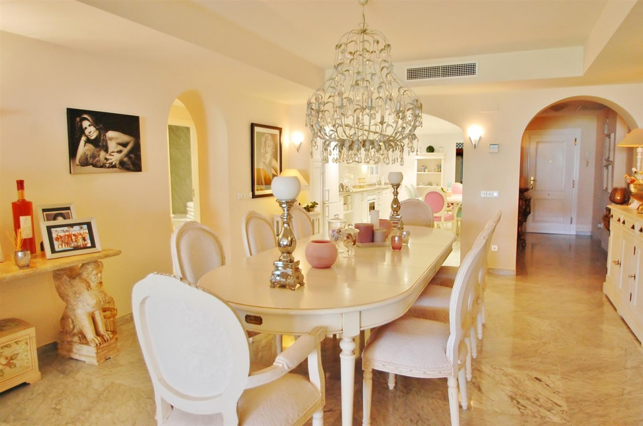 Apartment for sale Puerto Banus Marbella Spain (4) (Large)