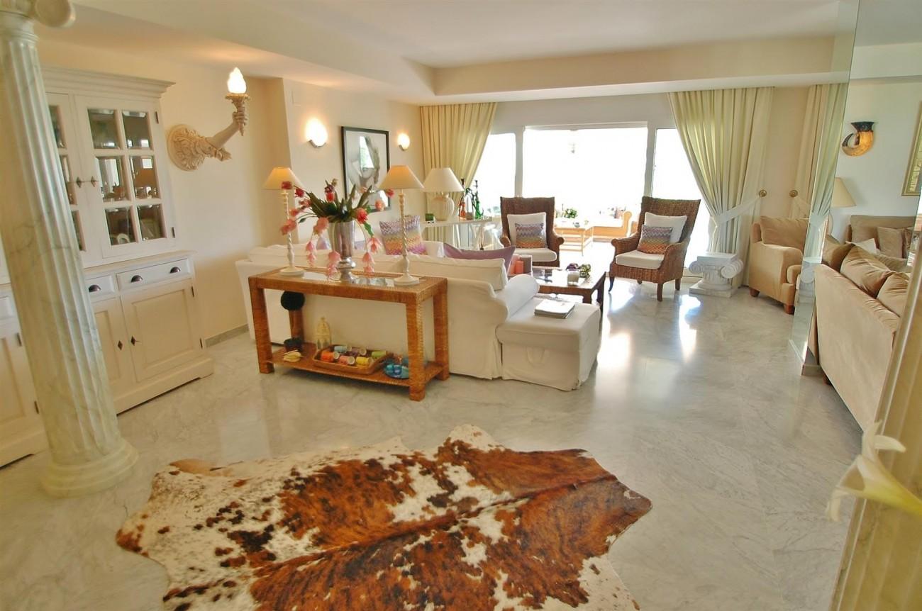 Apartment for sale Puerto Banus Marbella Spain (6) (Large)