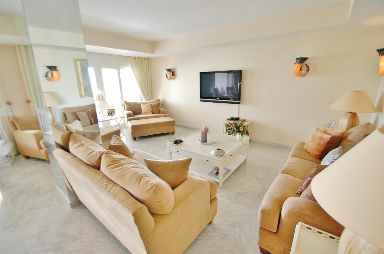 Apartment for sale Puerto Banus Marbella Spain (8) (Large)