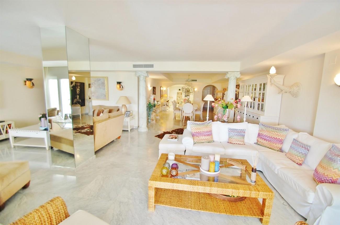 Apartment for sale Puerto Banus Marbella Spain (9) (Large)