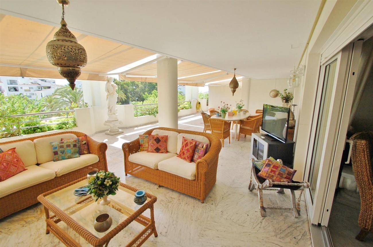 Apartment for sale Puerto Banus Marbella Spain (12) (Large)