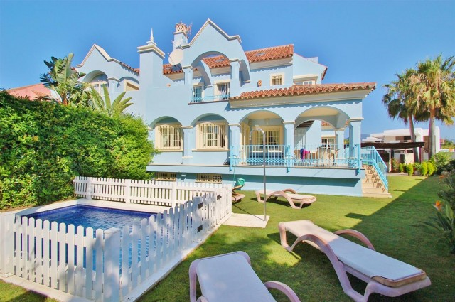 Villa for Sale - 1.125.000€ - Puerto Banús, Costa del Sol - Ref: 5358
