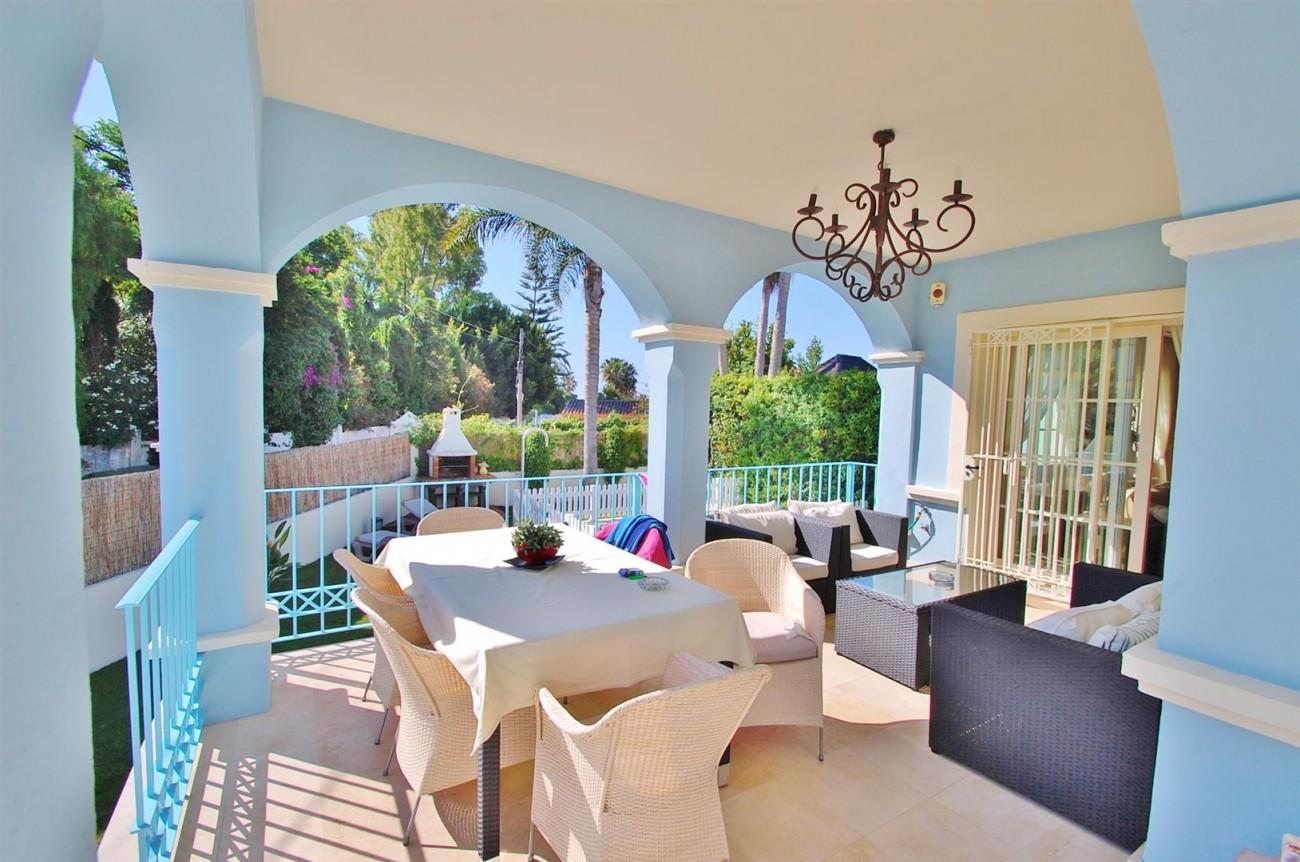 V5358 Beachside villa Puerto Banus 12 (Large)