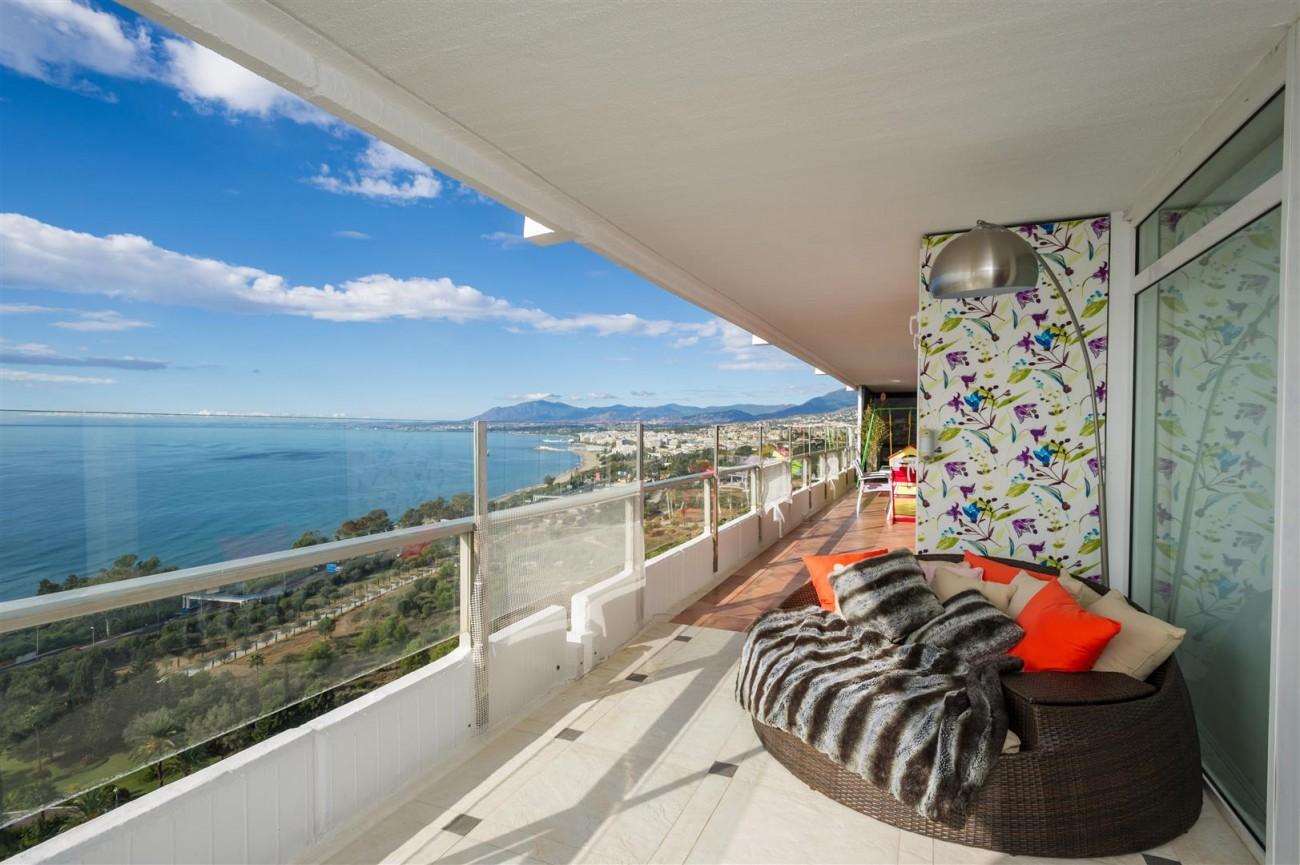 A5367 Spacious apartment panoramic views 1 (Large)