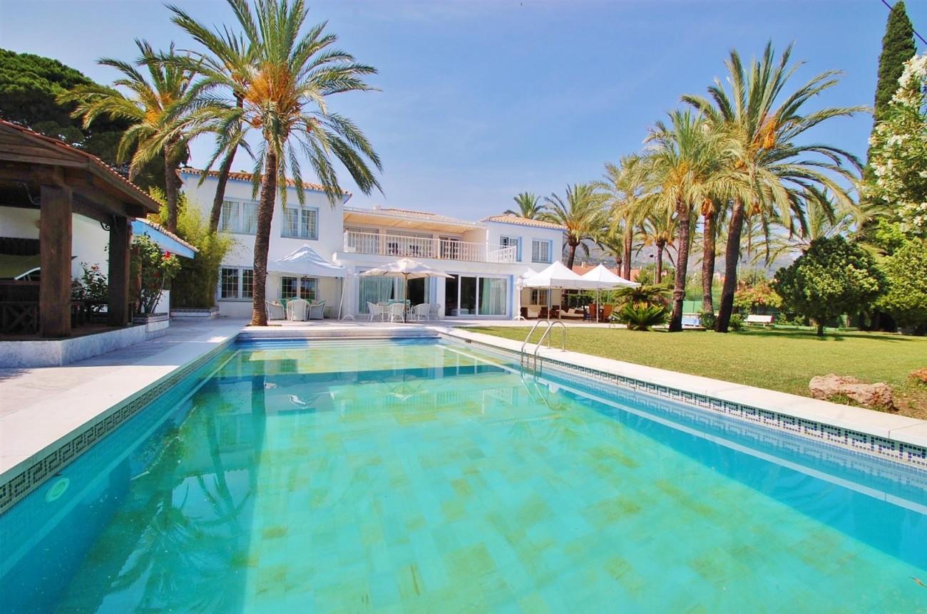 V5371 Villa in Marbella 1 (Large)