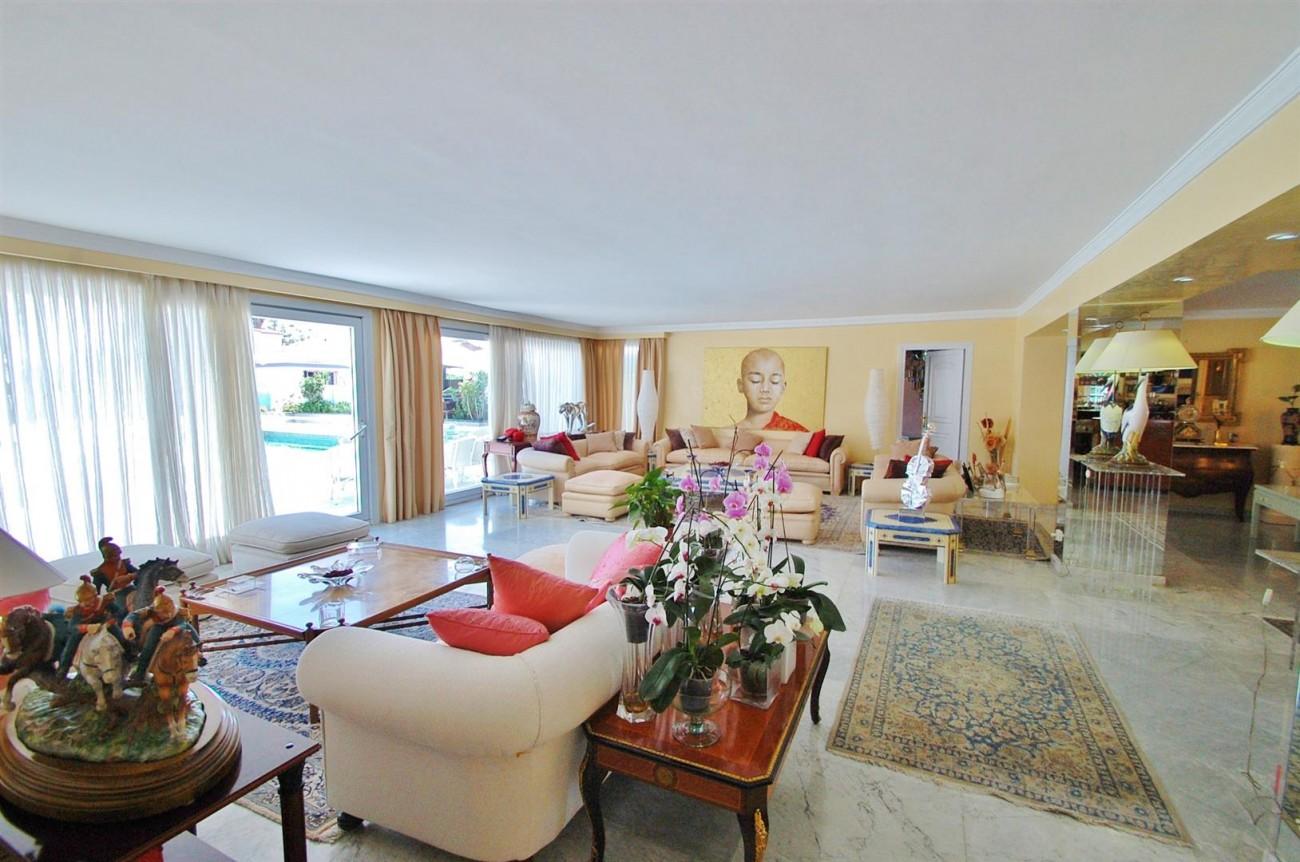 V5371 Villa in Marbella 3 (Large)