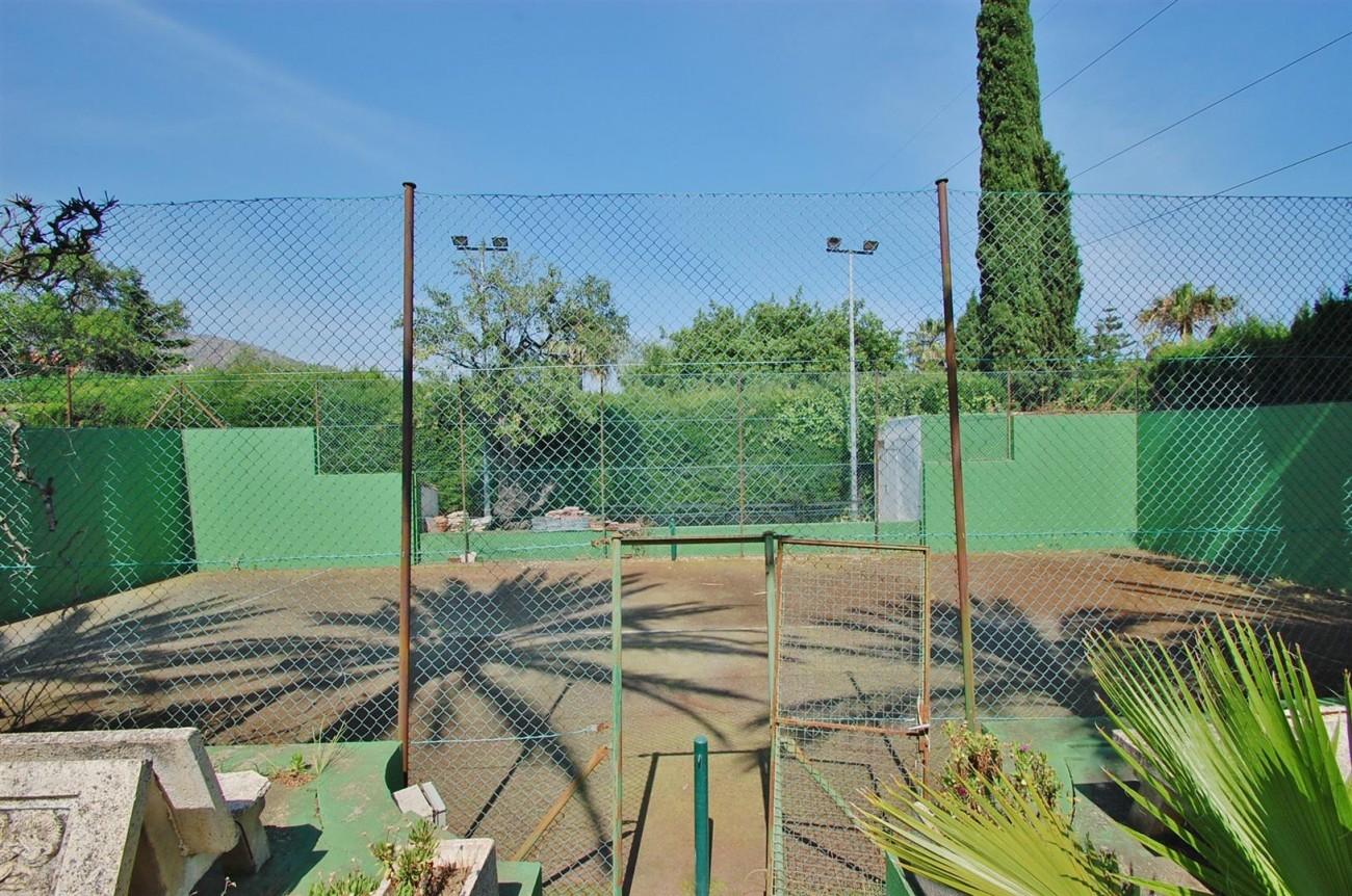 V5371 Villa in Marbella 5 (Large)