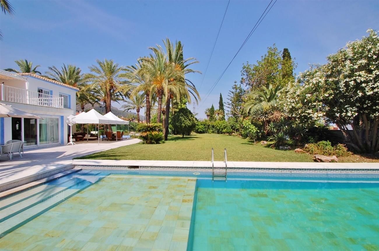 V5371 Villa in Marbella 6 (Large)