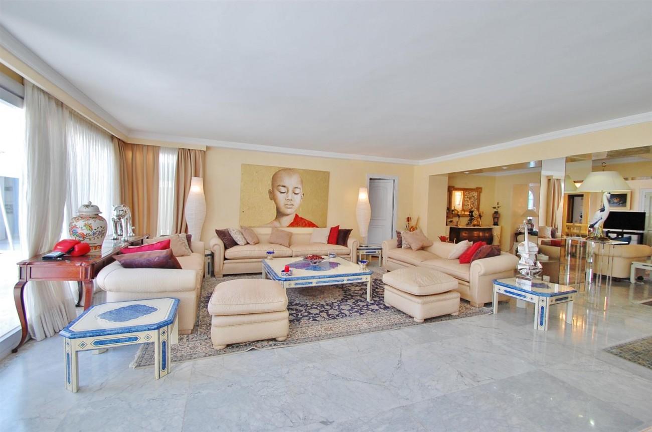 V5371 Villa in Marbella 14 (Large)