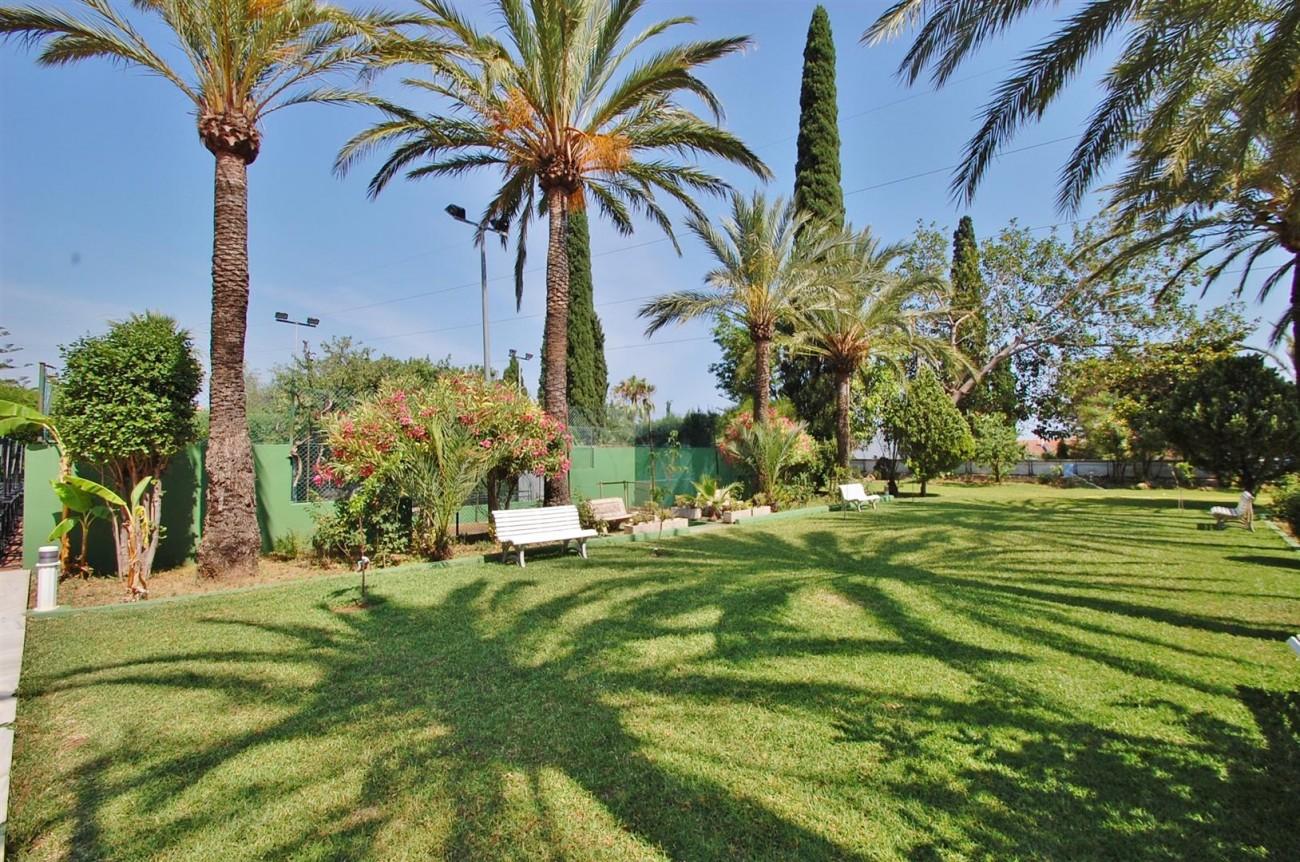 V5371 Villa in Marbella 17 (Large)