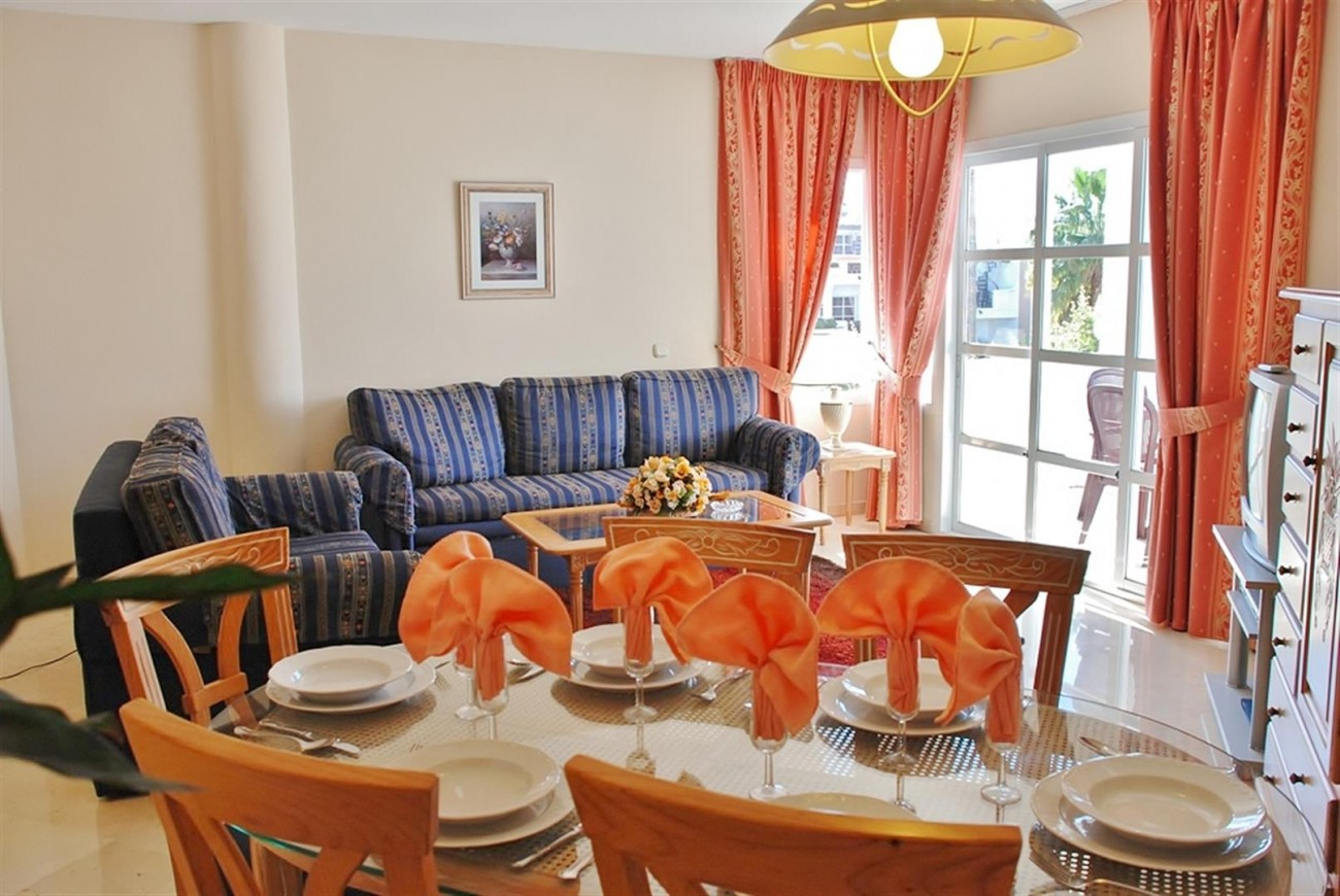 Frontline Golf Apartments Mijas Costa Spain (7) (Large)