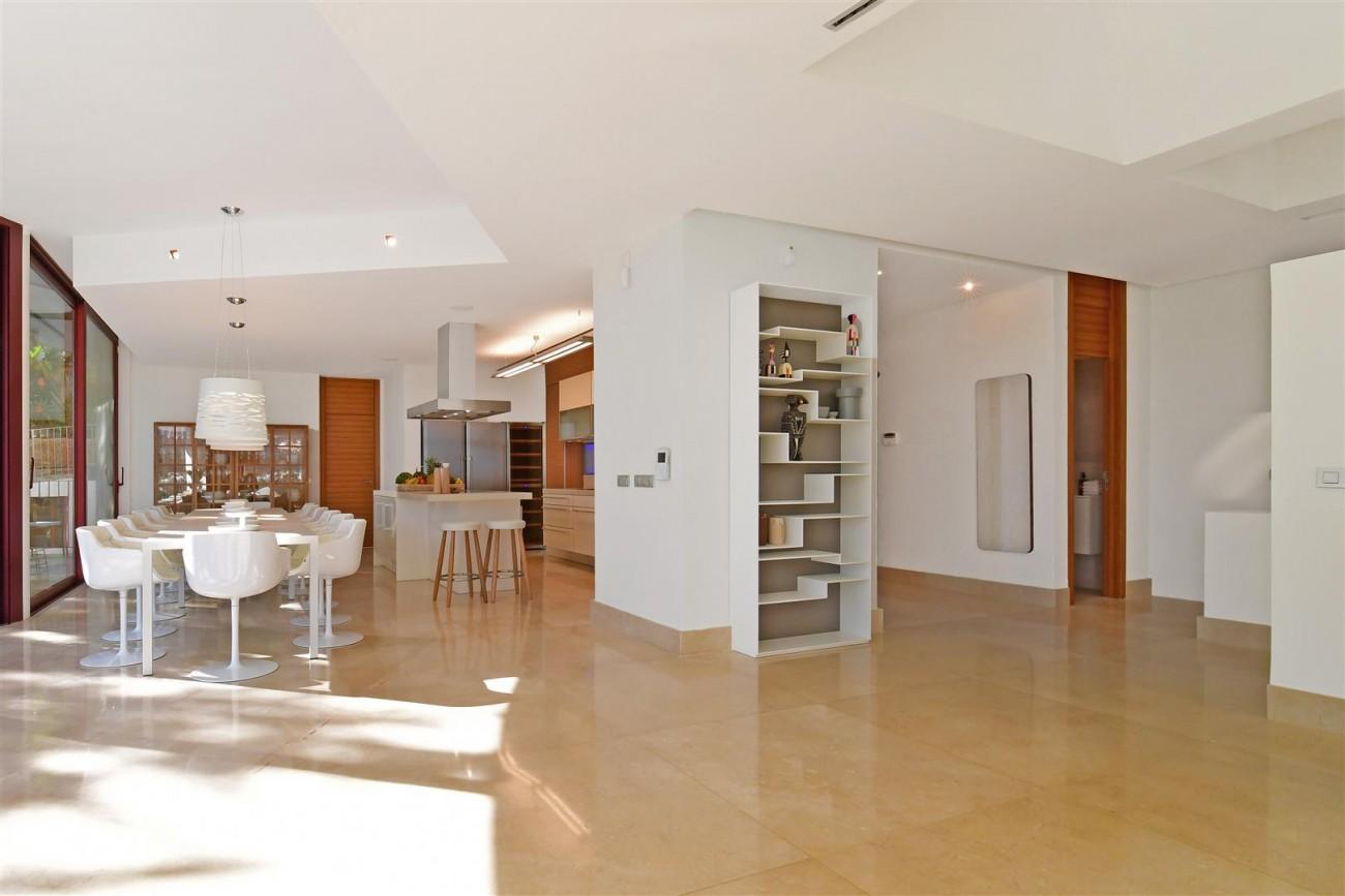 Ultra Modern Villa For Sale Nueva Andalucia marbella Spain (13) (Large)