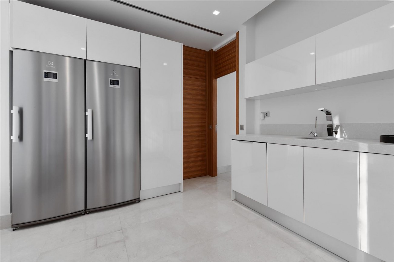 Ultra Modern Villa For Sale Nueva Andalucia marbella Spain (14) (Large)