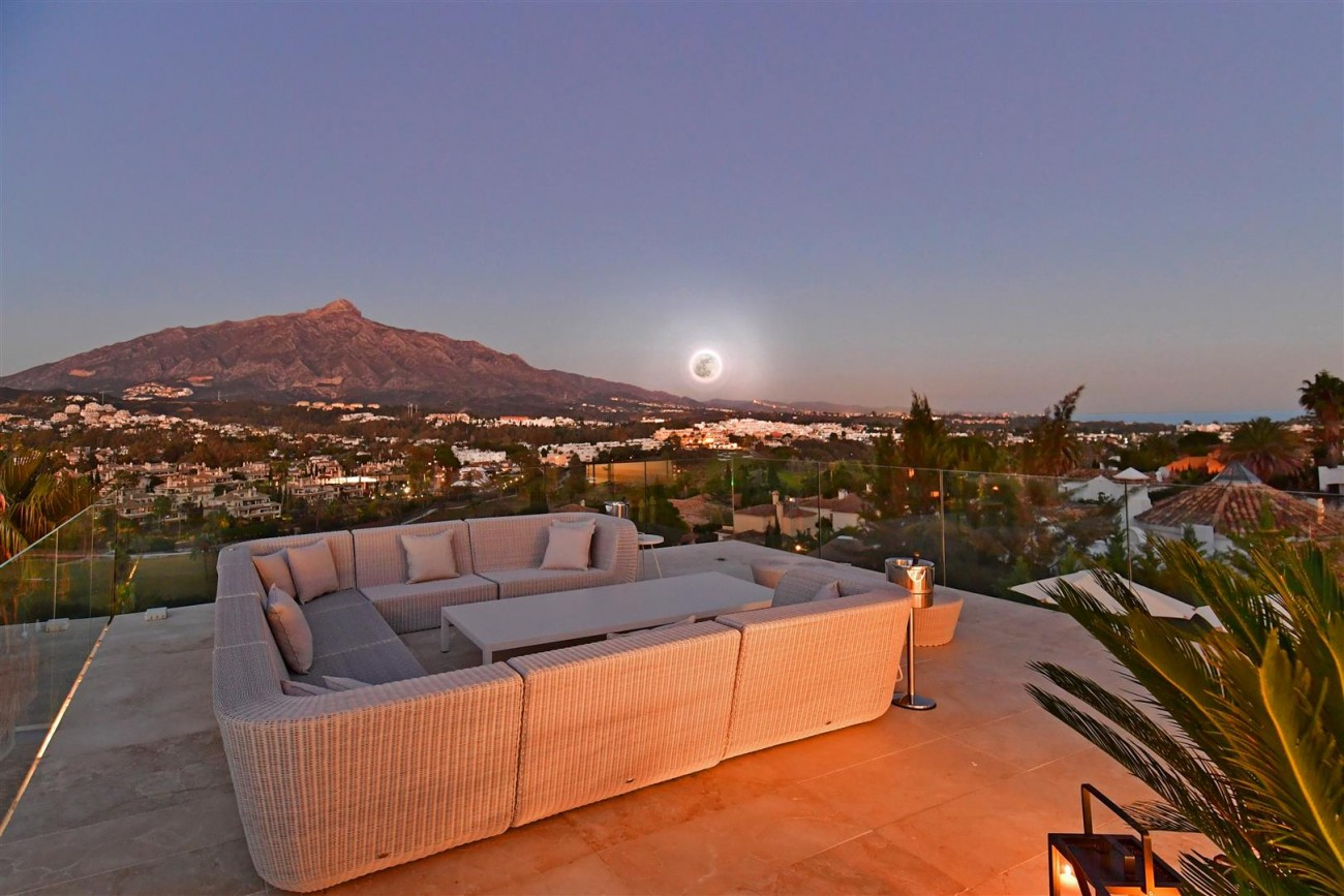 Ultra Modern Villa For Sale Nueva Andalucia marbella Spain (18) (Large)