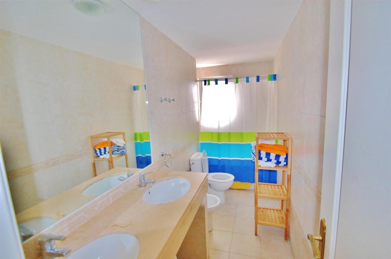 A5407 Spacious Apartment Marbella (3) (Large)