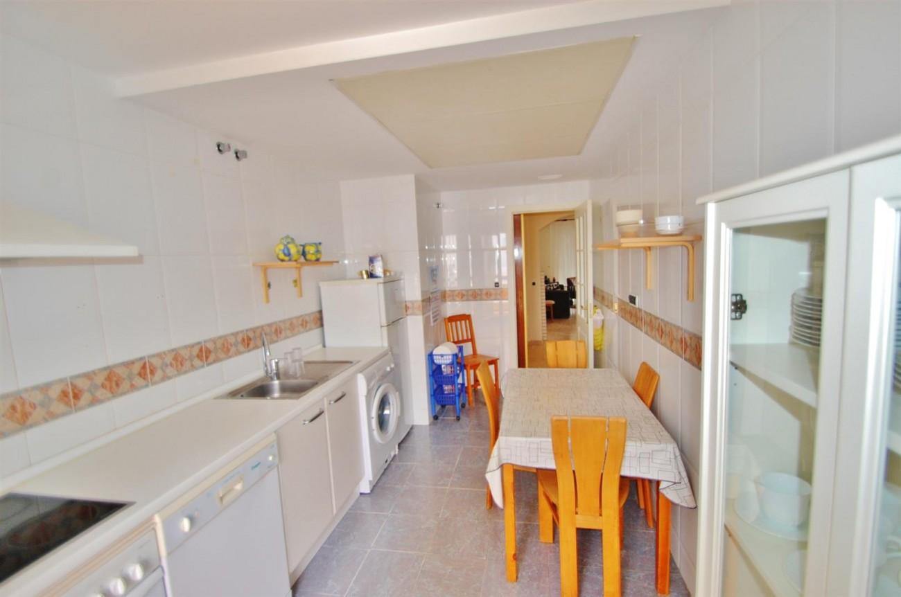 A5407 Spacious Apartment Marbella (5) (Large)