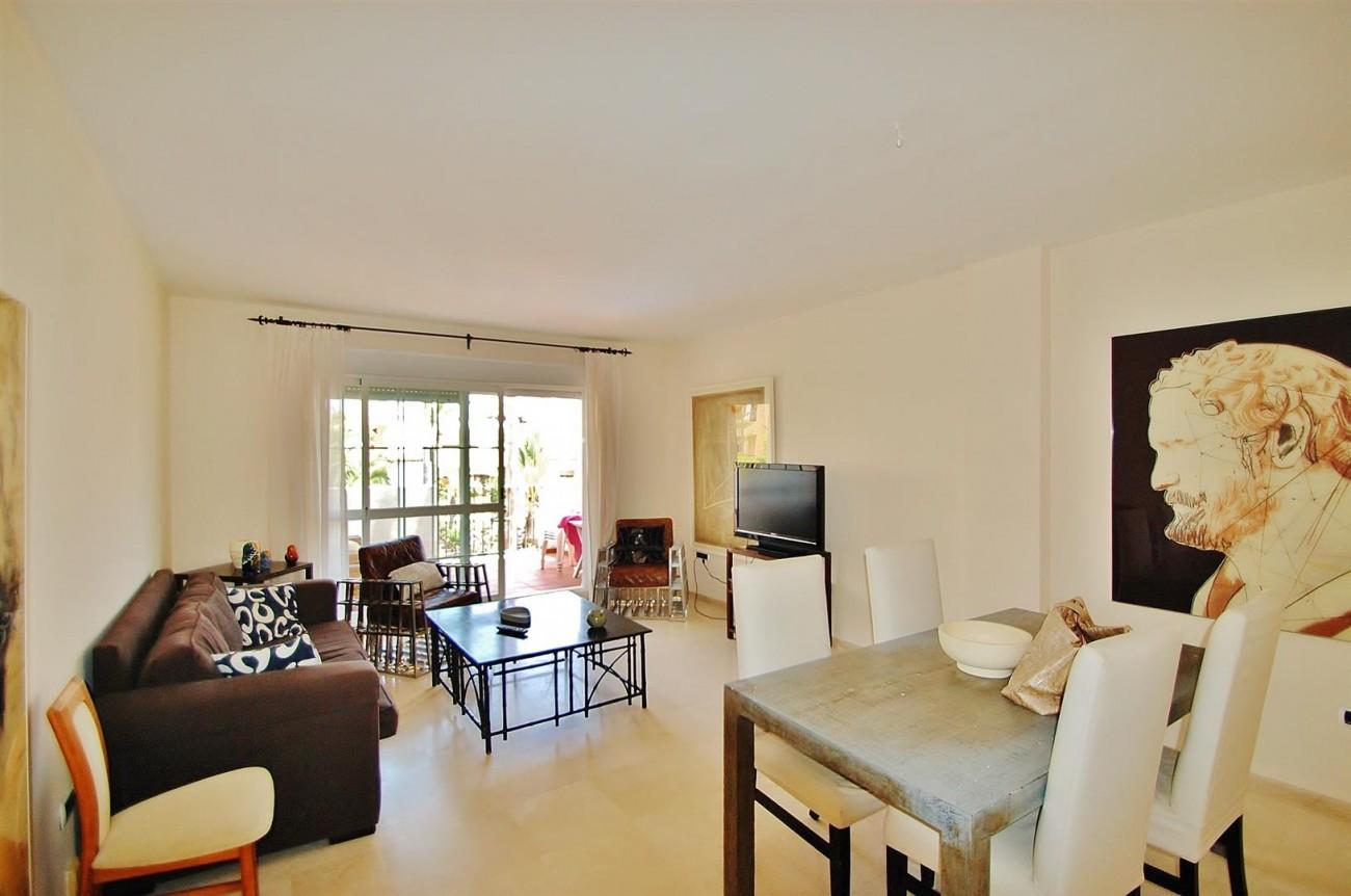 A5407 Spacious Apartment Marbella (6) (Large)