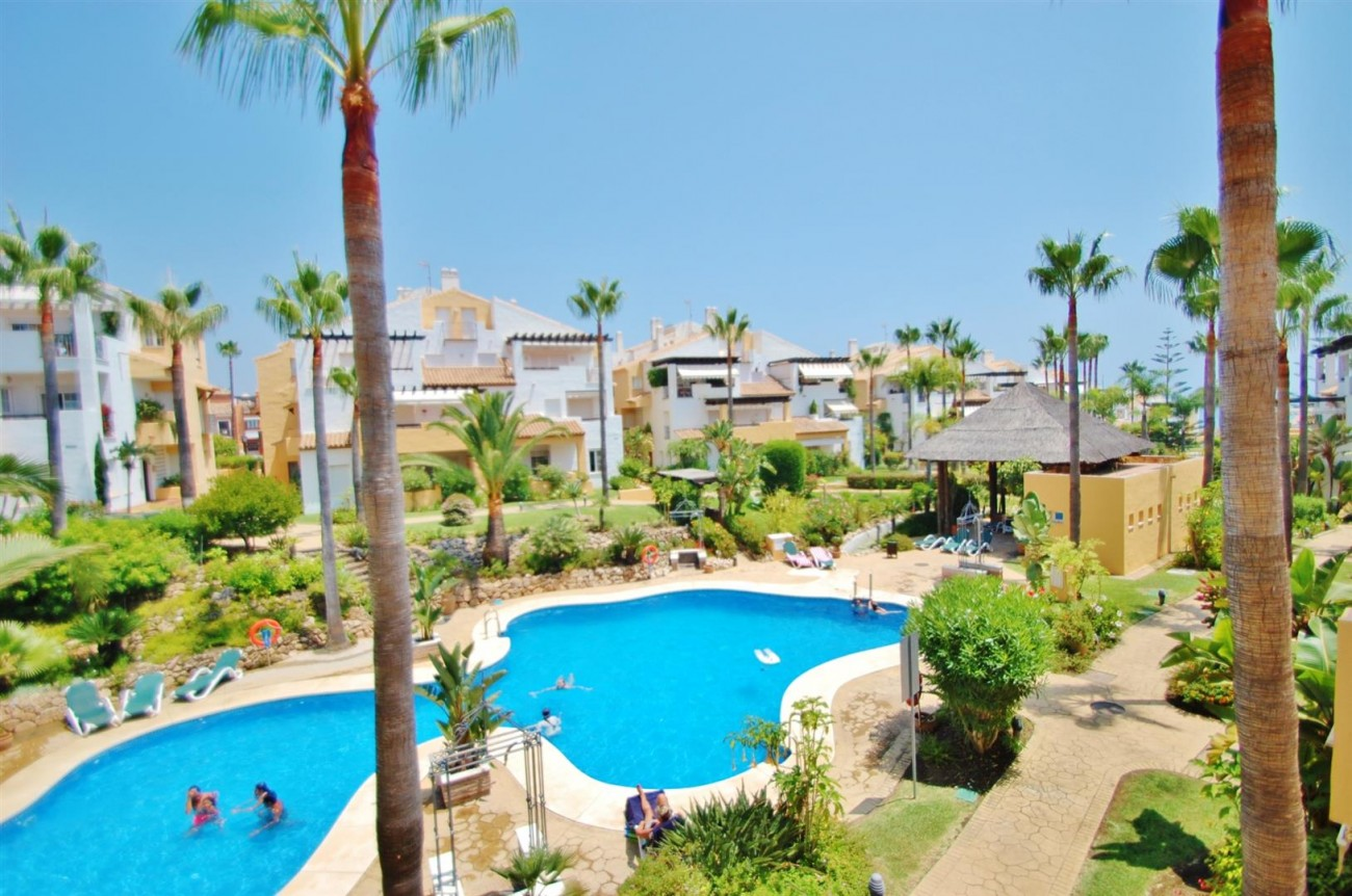 A5407 Spacious Apartment Marbella (8) (Large)