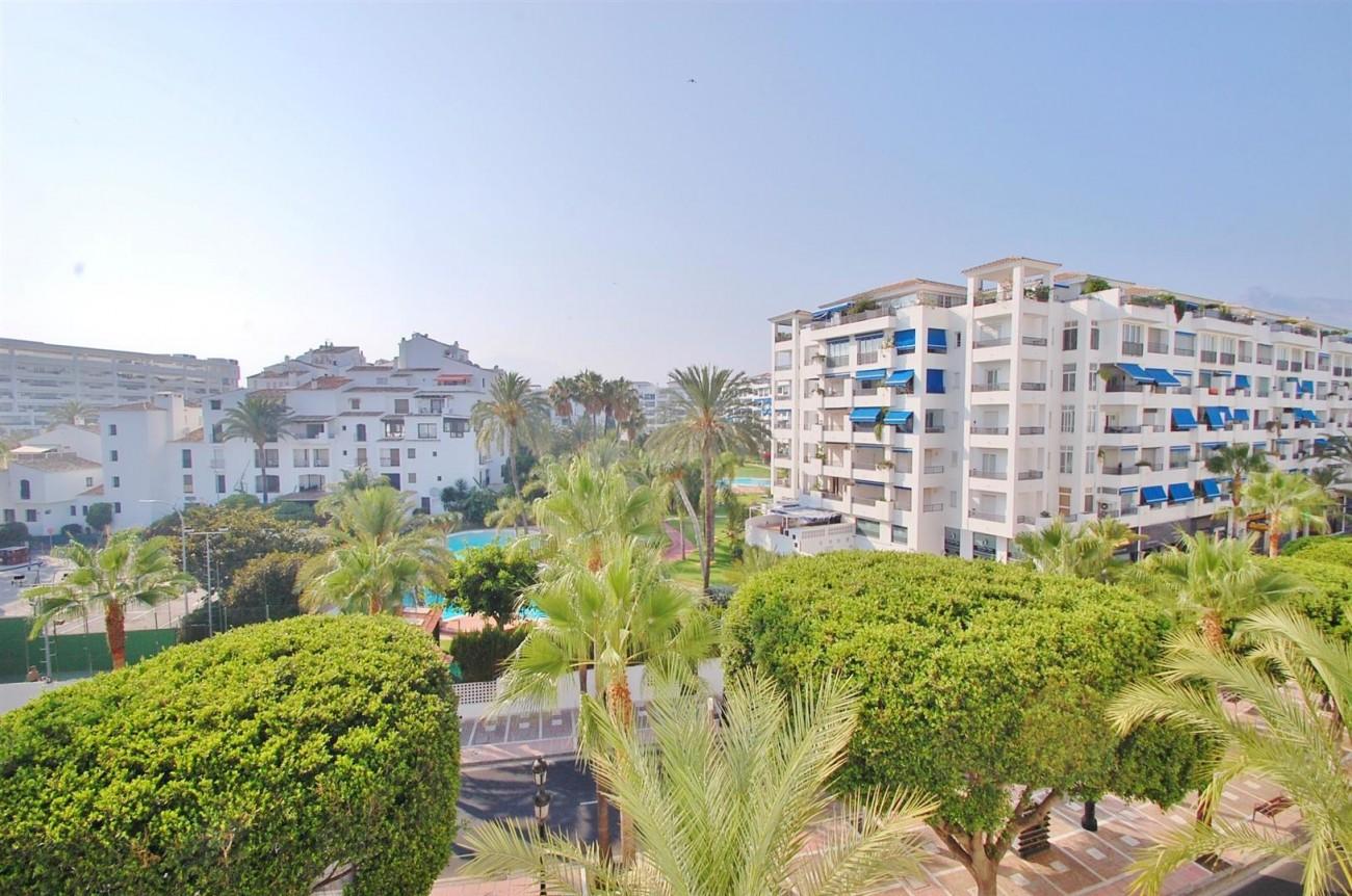 A5407 Spacious Apartment Marbella (12) (Large)