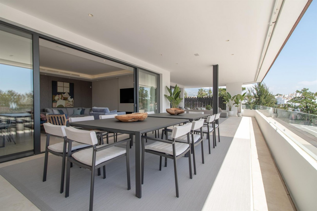 Luxury New Contemporary Apartments for sale Marbella Golden Mile Spain (5) (Large)