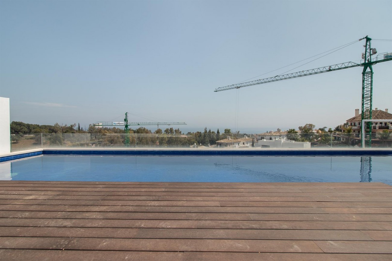 Luxury New Contemporary Apartments for sale Marbella Golden Mile Spain (16) (Large)