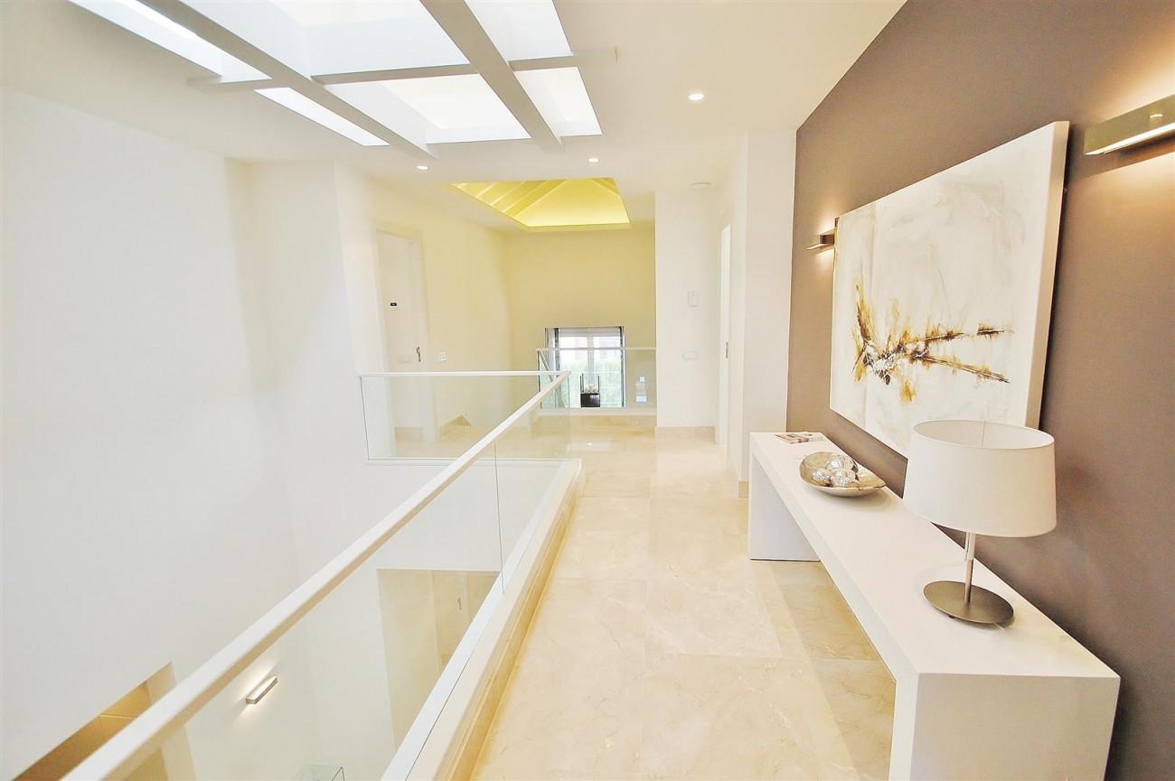 V5412 Luxury Villa Beachside Golden Mile (19) (Large)