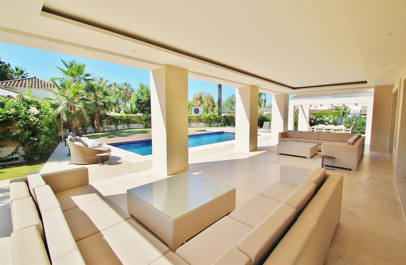 V5412 Luxury Villa Beachside Golden Mile (54) (Large)