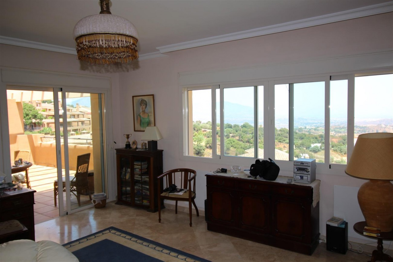 A5418 Apartment with stunning views 4 (Large)
