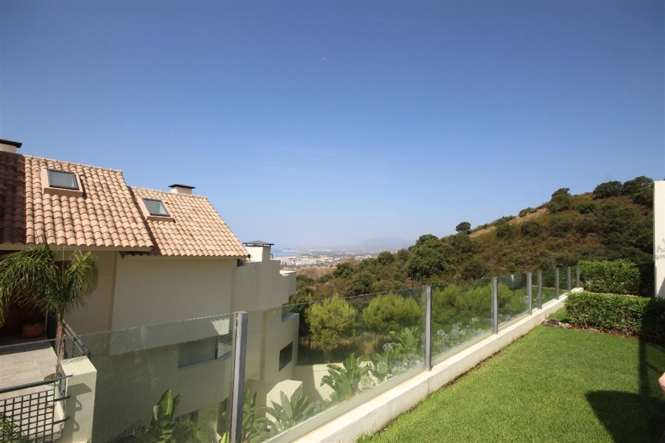 A5421 Luxury garden apartment 5 (Large)