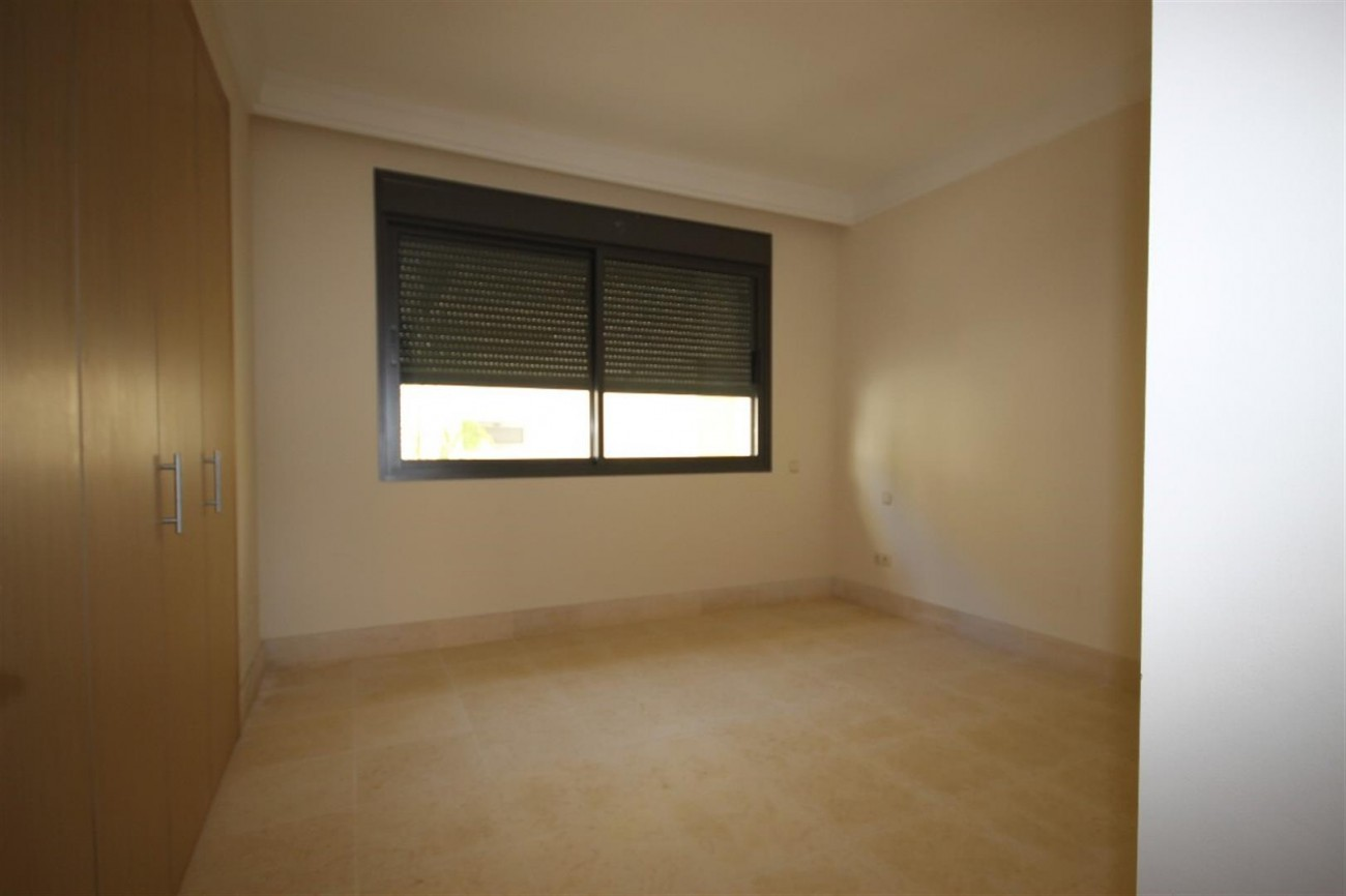A5421 Luxury garden apartment 6 (Large)