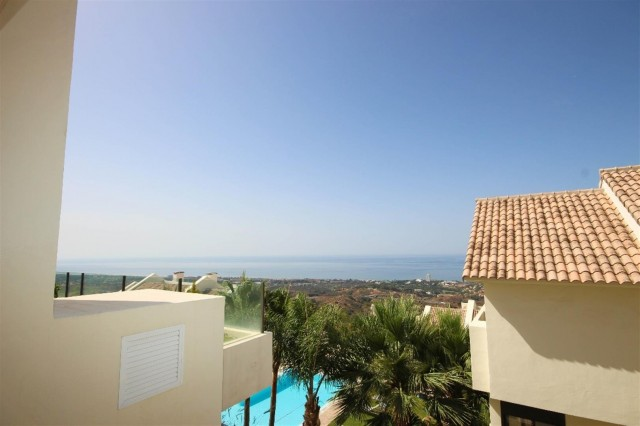 Apartment for Sale - 355.000€ - Los Monteros, Costa del Sol - Ref: 5423