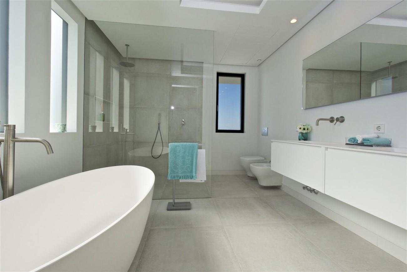 New Contemporary Villas for sale Benahavis Spain (3) (Large)