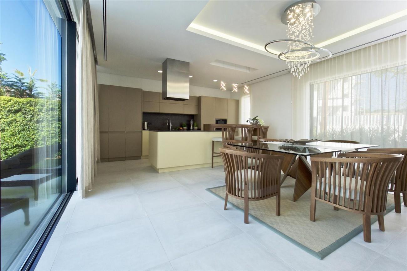 New Contemporary Villas for sale Benahavis Spain (5) (Large)