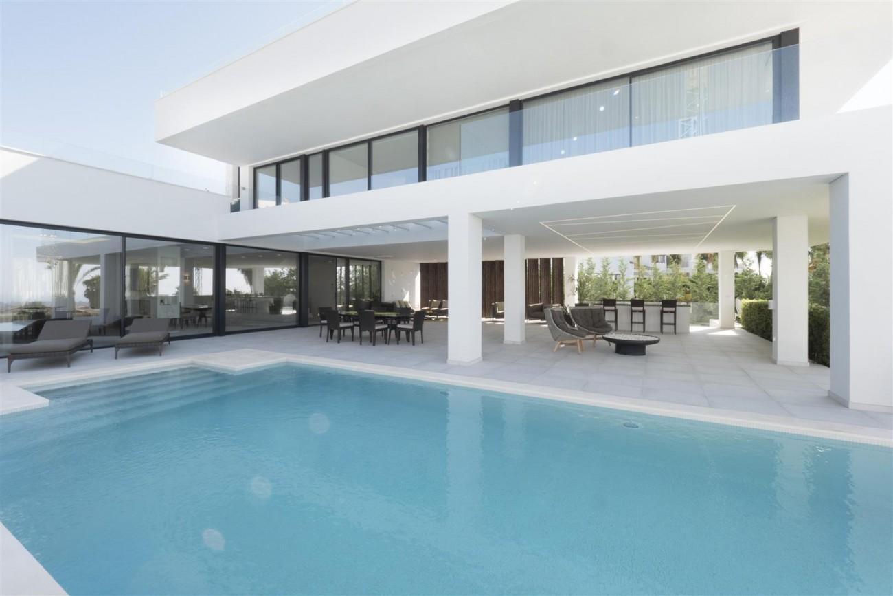 New Contemporary Villas for sale Benahavis Spain (11) (Large)