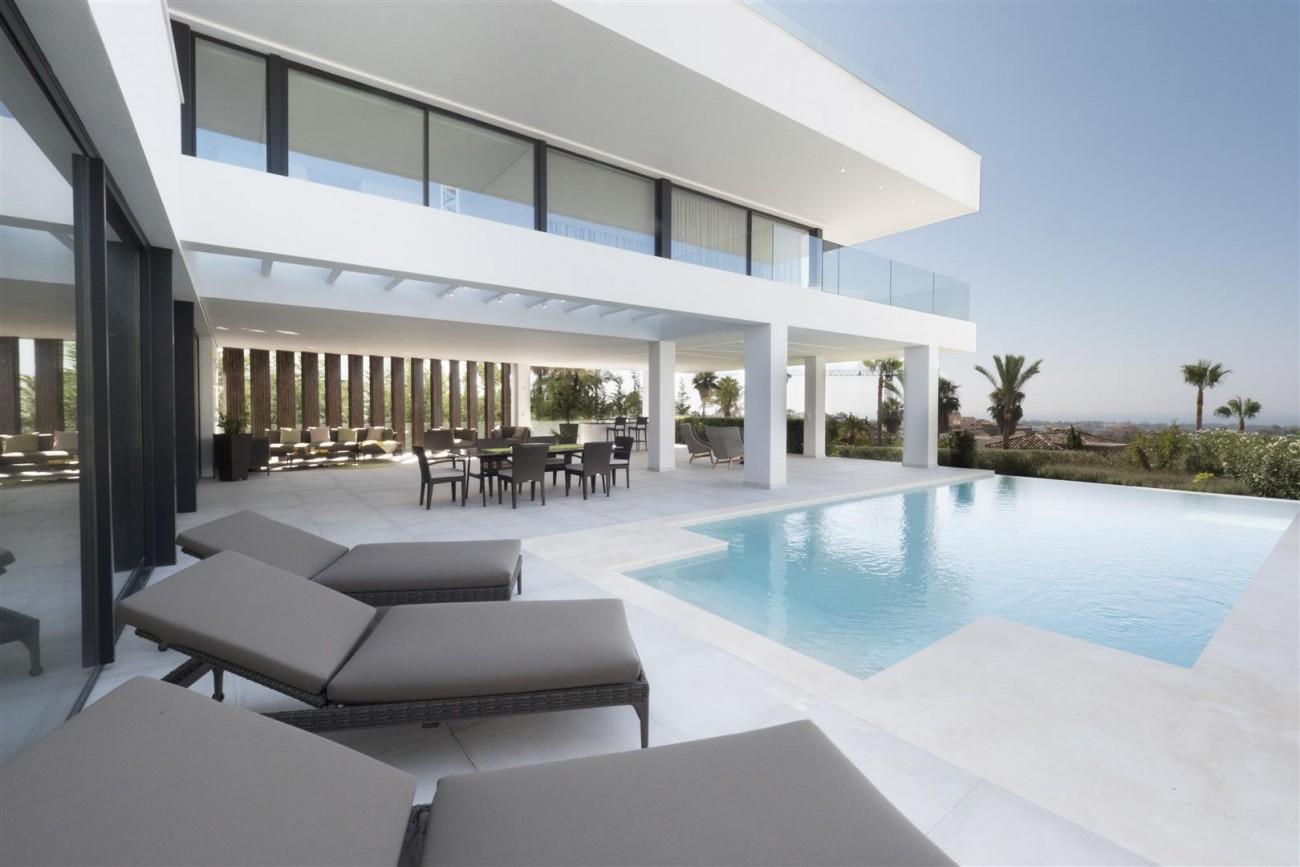 New Contemporary Villas for sale Benahavis Spain (12) (Large)