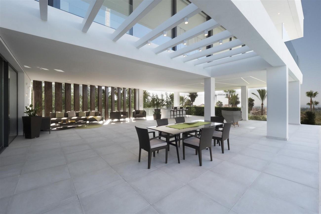 New Contemporary Villas for sale Benahavis Spain (13) (Large)