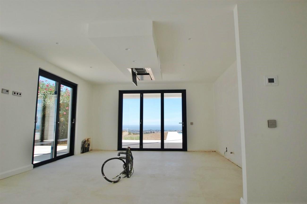 V5432 Contemporary  villa Benahavis  (8)