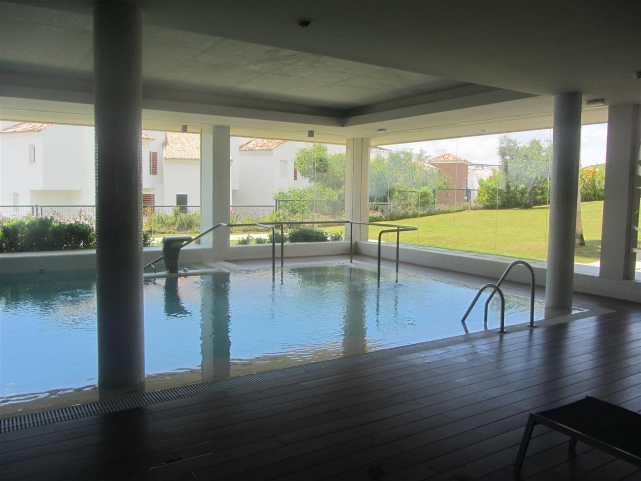 A5438 Luxury golf apartment 4 (Large)