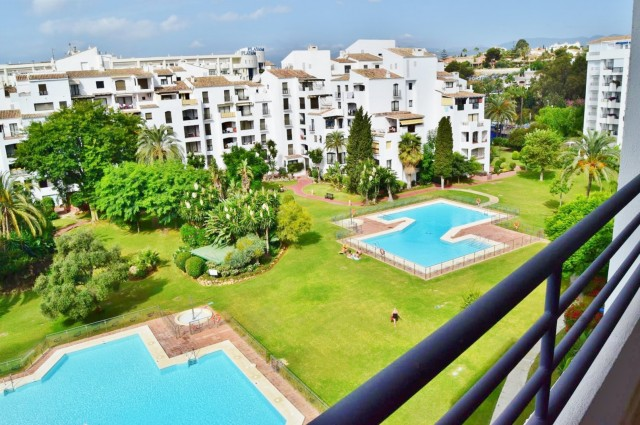 Penthouse for Rent - 1.850€/week - Puerto Banús, Costa del Sol - Ref: 5446