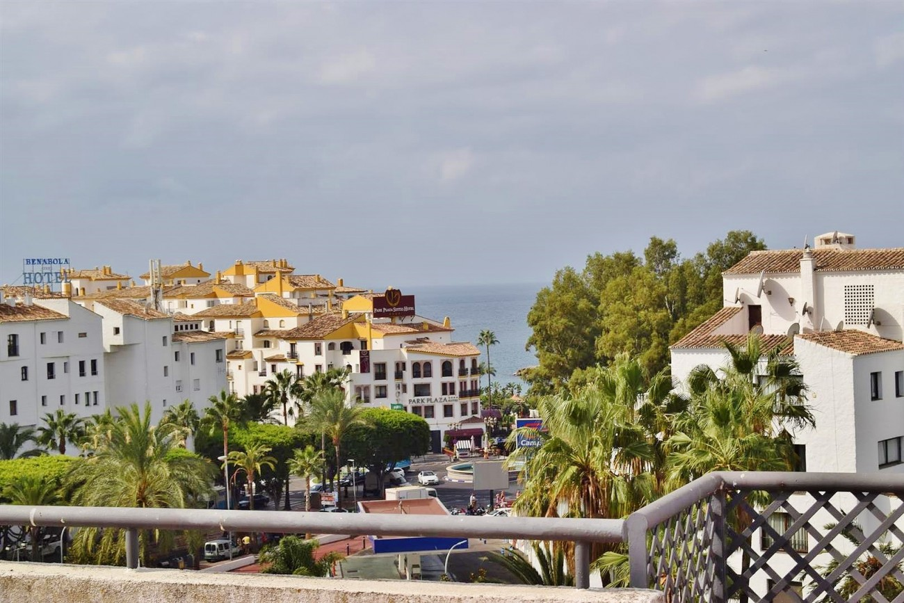 A5446 terrazas de puerto Banus (3) (Large)