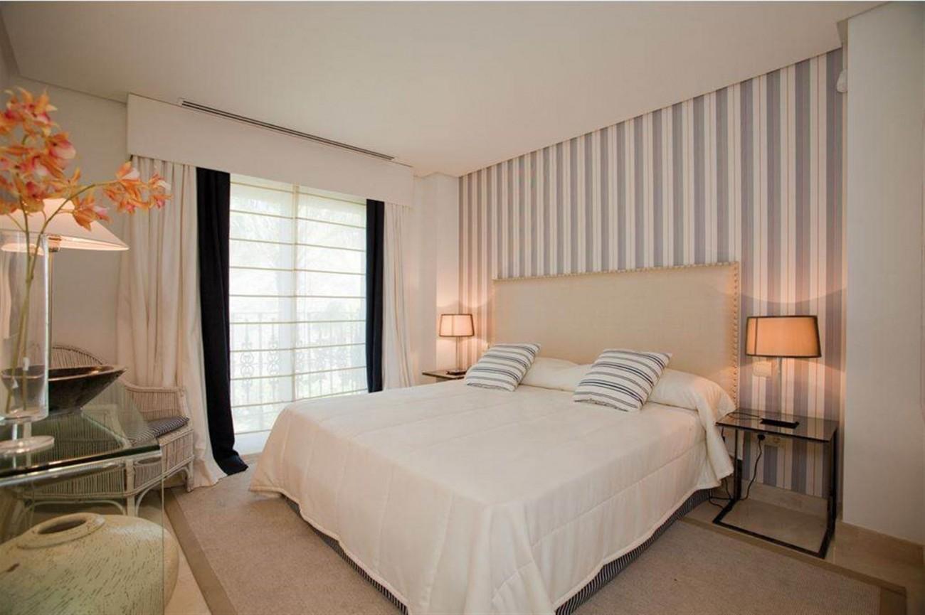 D5455 luxury apartments Nueva Andalucia (1) (Large)
