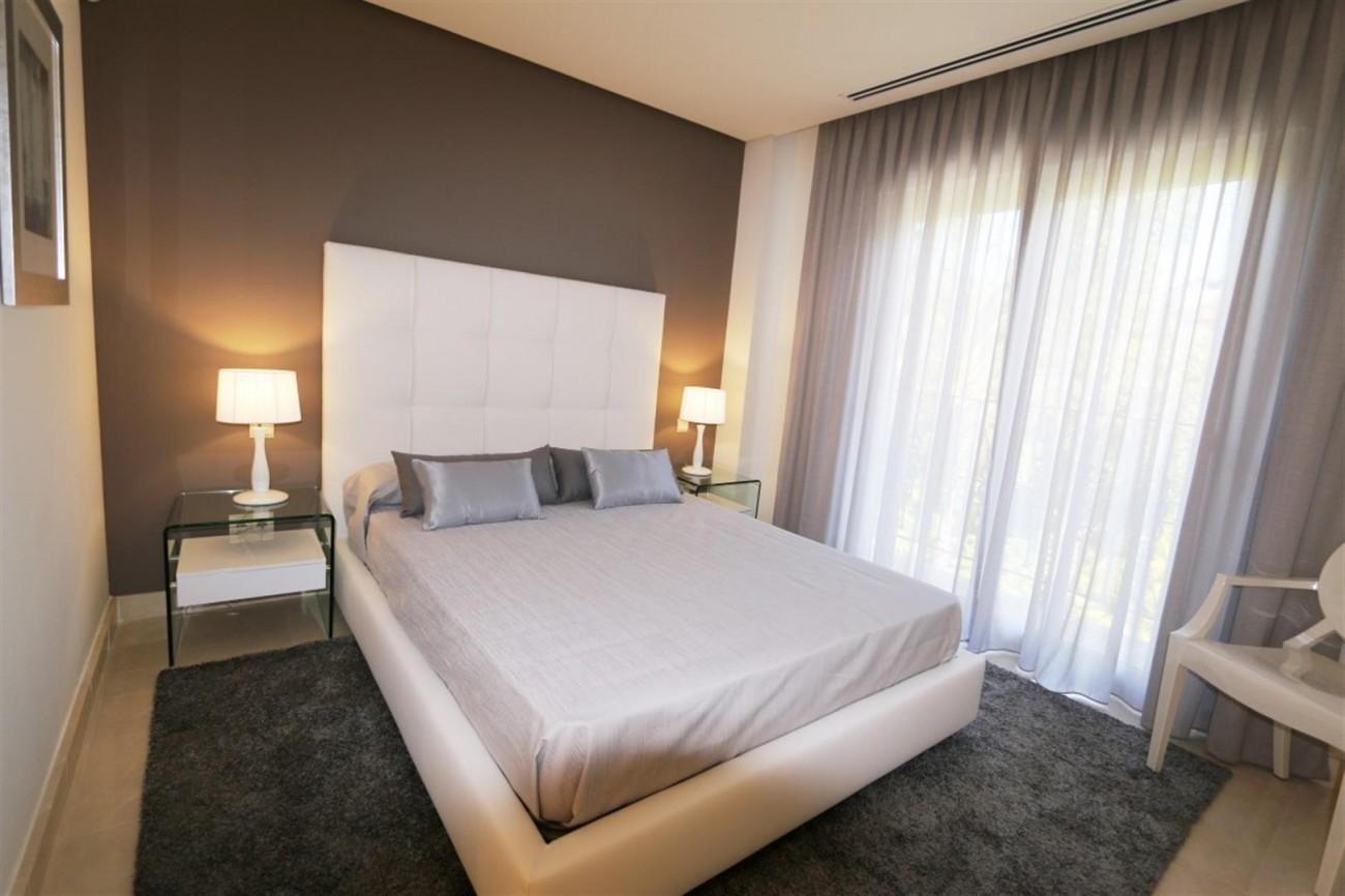D5455 luxury apartments Nueva Andalucia (4) (Large)