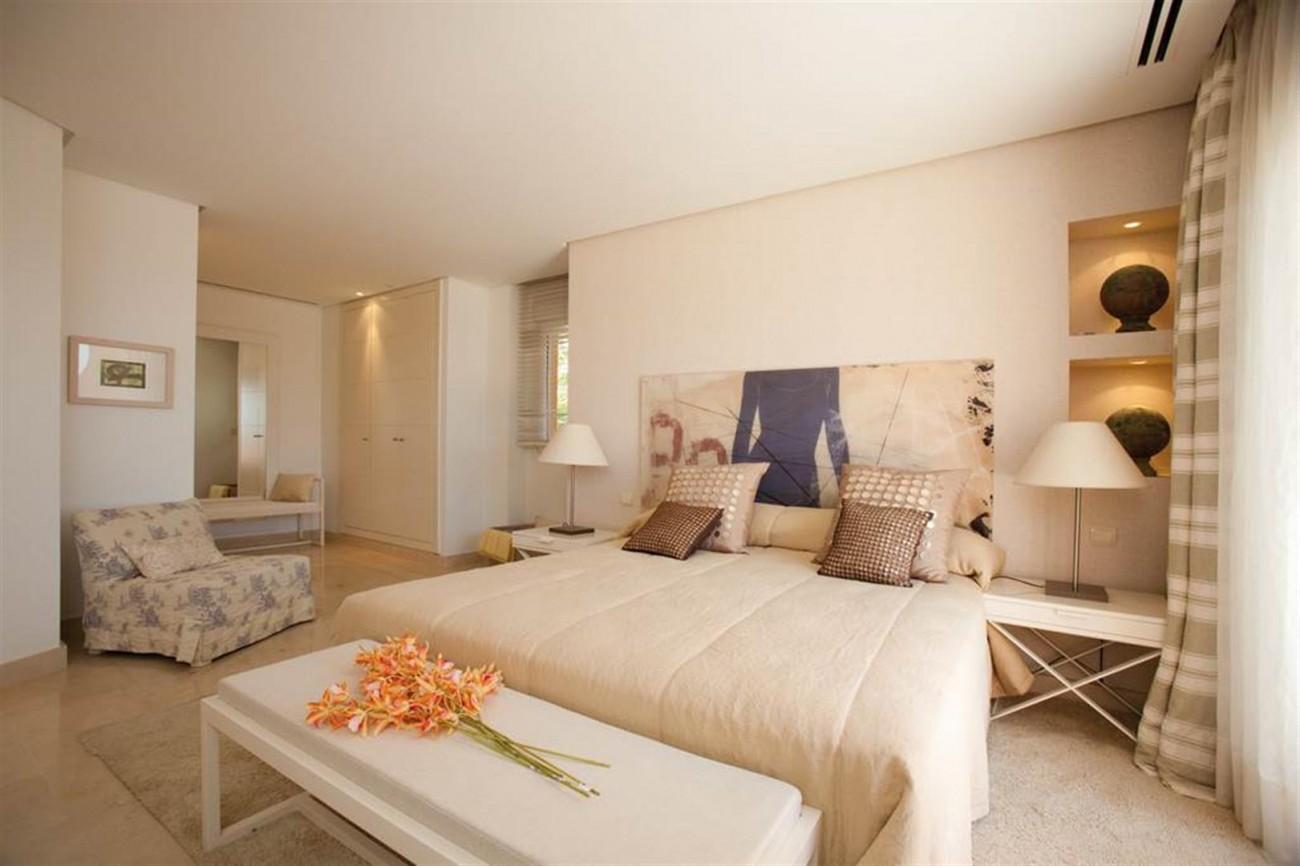 D5455 luxury apartments Nueva Andalucia (12) (Large)