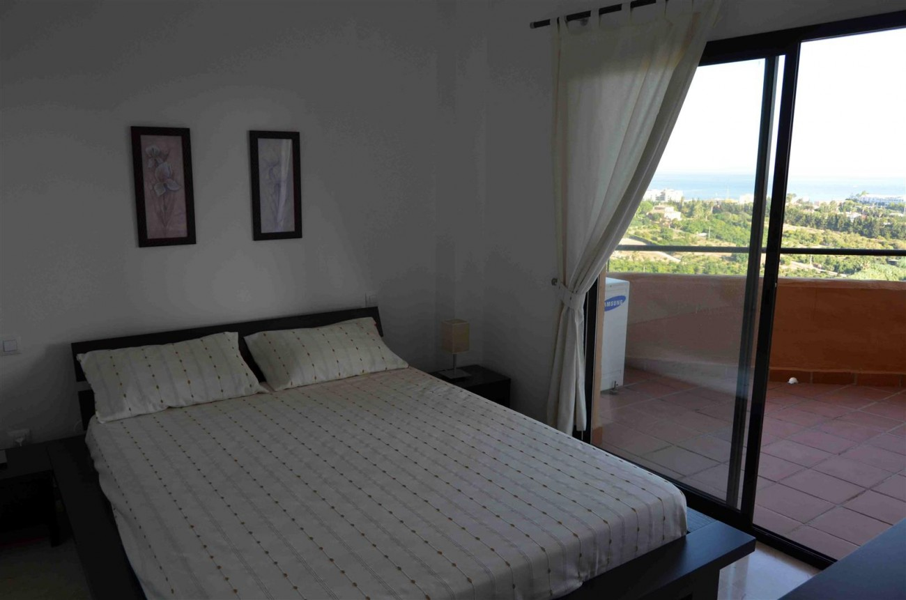 A5458 Apartment New Golden Mile 5 (Large)