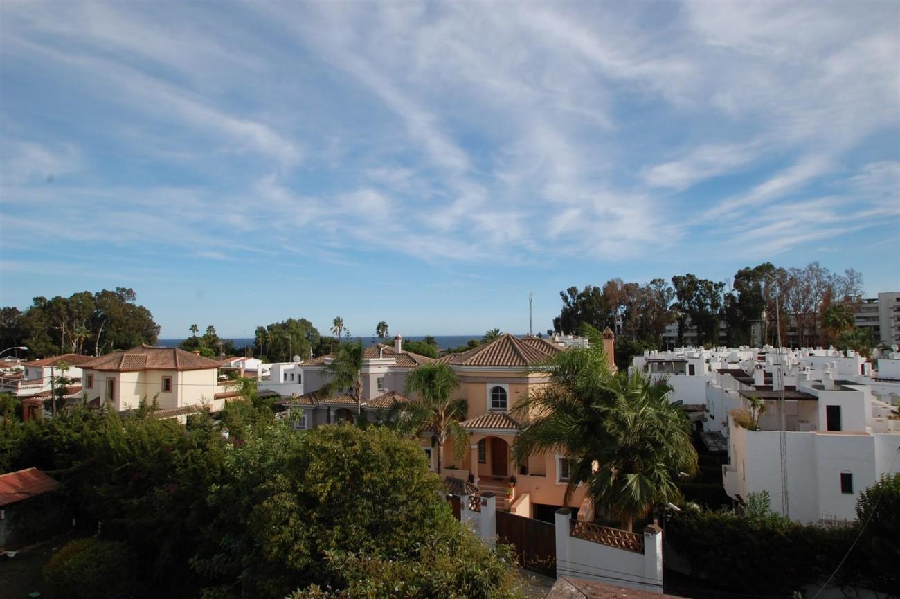 V5460 Beachside villa Marbella 7 (Large)