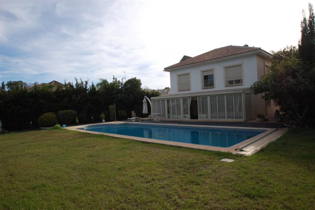 V5460 Beachside villa Marbella 15 (Large)