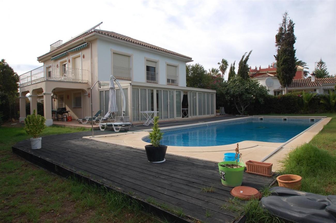 V5460 Beachside villa Marbella 16 (Large)
