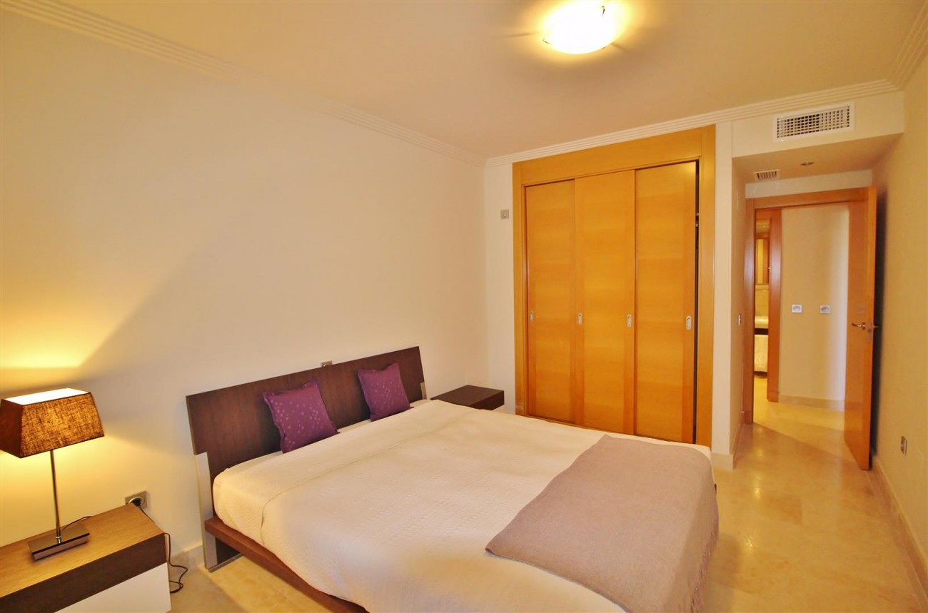 A5469 Luxury Apartment on Golf Course & Sea View 5