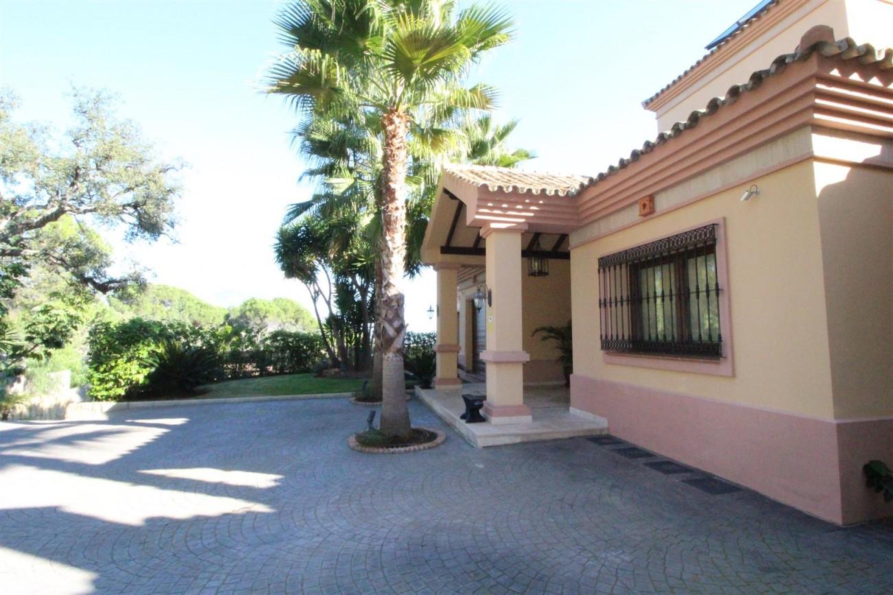 V5517 Villa El Madroñal 16 (Large)